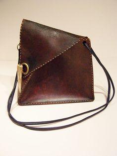 92dadb1ea52 Article Image Vintage Handbags