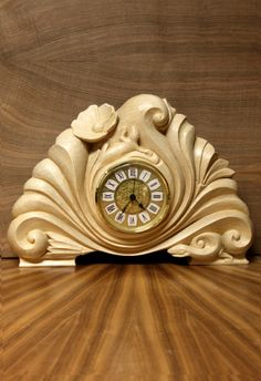 Lizards by Sannainen on DeviantArt Royal Furniture, Unique Clocks, Wood Burning Patterns, Old Watches, Air Dry Clay, Woodcarving, Wood Sculpture, Wood Turning, Innovation Design