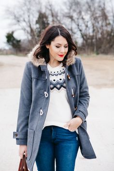 Add a glam factor to Fair Isle with a red lip. I source: http://www.kendieveryday.com/2014/12/old-navy-fair-isle-two-ways.html