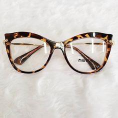 Glasses Frames Trendy, Funky Glasses, Cool Glasses, New Glasses, Cat Eye Glasses, Glasses Trends, Eyewear Trends, Fashion Eye Glasses, Miu Miu