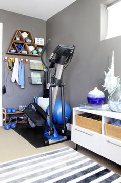 Home Gym Ideas - small space, big style! Turn a corner into a mini-home gym with creative storage hacks. Tips for exercise room decor that's more spa-like than locker room!