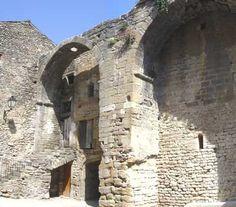 reste de la grange de la commanderie de Richerenches - Drôme