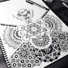 Geometric Tattoo Design Sacred Geometry Inspiration 60 New Ideas Geometric Patterns, Geometric Designs, Geometric Shapes, Mandalas Painting, Mandalas Drawing, Hamsa Drawing, Zentangles, Leg Tattoos, Sleeve Tattoos