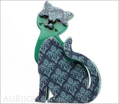 Classic - Purrfect Petunia: Try as we might we can't think of any way to describe Petunia that she is likely to of approve of herself. Description: Erstwilder layered plastic (resin) brooch, limited e Round Gift Boxes, Petunias, Makers Mark, Color Patterns, Brooch Pin, Brooches, Blue Grey, Plastic Resin, Retro