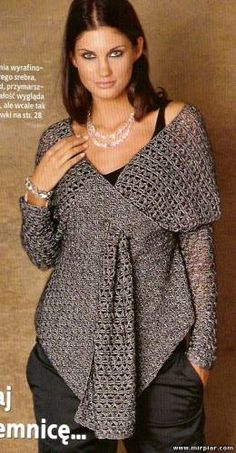 Crochet Blusas Design Beautiful sweater - wonder if I could sew a cloth version? Gilet Crochet, Crochet Jacket, Crochet Shawl, Love Crochet, Knit Crochet, Knitting Patterns, Crochet Patterns, Knitted Cape, Crochet Clothes