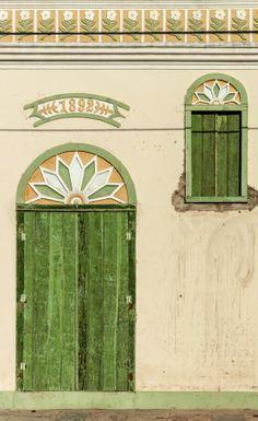 The World's Most Beautiful Doors Cool Doors, Unique Doors, Portal, Door Knockers, Door Knobs, Door Gate, Architectural Elements, Doorway, Windows And Doors