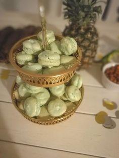 Homemade macarons for dino party event #decopia #macarons #piahollo