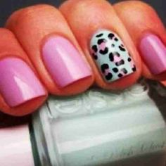 Light pink with mint cheetah accent nail ❤