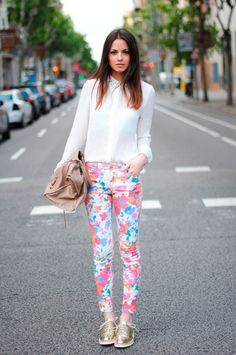 Floral Pants Chic outfit for Spring