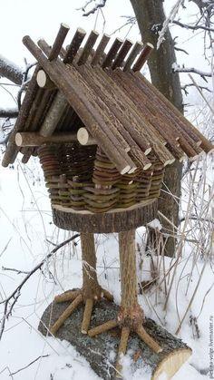 Bird House Kits Make Great Bird Houses Bird House Feeder, Diy Bird Feeder, Bird Houses Diy, Fairy Houses, Garden Crafts, Garden Projects, Diy Garden, Garden Whimsy, Garden Trellis