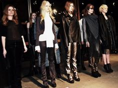 JAN BOELO AW13 Fashion Show / Powered By Bullboxer