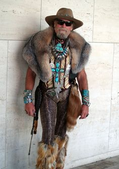 Male Fashion Disasters: 21 of the Worst Dressed Fails!!!!......but this ones kinda attractive....i like werid lol