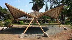 Estructuras tridimensionales en Bambú Bamboo Architecture, Architecture Design, Ideas Cabaña, Bamboo Decking, Concrete Interiors, Bamboo House, Common Area, Outdoor Furniture, Outdoor Decor