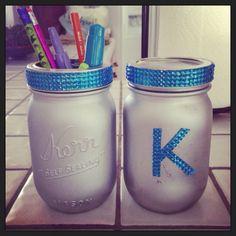 Spray painted mason jars with rhinestone adhesive for a girls room pencil jar!