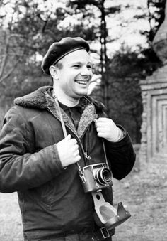 Yuri Gagarin: The First Man in Space – 60 Everyday Photos of the Soviet Hero in the Juri Gagarin, Yuri, Warsaw Pact, Russian Culture, Fidel Castro, Ideal Man, First Humans, Historical Pictures, Soviet Union