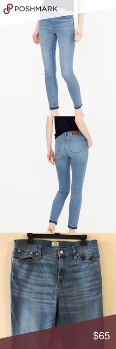 J. Crew Lookout High Rise Crop Boater Wash Jeans Like new condition. Toothpick silhouette + a higher rise = a nipped waist, great stretch and legs for miles (even without heels). This pair is slightly cropped and crafted in premium Turkish fabric, which is famously slimming, thanks to the perfect cotton-to-stretch ratio. They sit above the hip and are fitted through hip and thigh with a skinny cropped leg. Traditional 5 pocket styling. 45% viscose. 34% cotton, 14% lyocell, 5% polyester, 2%…