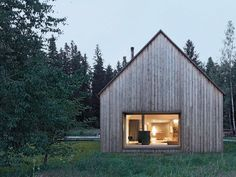 Haus am Moor. Haus am Moor is a minimalist house located in Krumbach Austria designed by Bernardo Bader Architects. Contemporary Barn, Modern Barn, Modern Cabins, Contemporary Windows, Future House, Wooden House Design, Wooden Houses, Cabin Design, Scandinavian Home