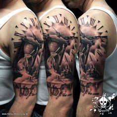 Marco PikAss: Sanduhr / Sandburg | Tattoos von Tattoo-Bewertung.de