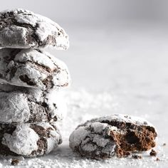 Chocolate Peppermint Crinkle Cookies | Williams Sonoma Chocolate Crinkles, Chocolate Cookies, Melting Chocolate, Christmas Dishes, Christmas Baking, Christmas Treats, Best Cookie Recipes, Holiday Recipes, Holiday Crafts