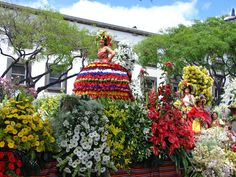 Discover the Flower Power on the Flower Festival in Madeira...
