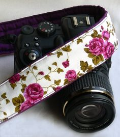 Flowers Camera Strap. dSLR Camera Strap with roses. Canon Camera Strap. Nikon Camera Strap. Women Accessories. on Etsy, 23,48 €