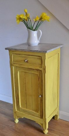 Chalk Paint® in English Yellow by Annie Sloan with Clear and Dark Wax to bring out the details. If only I was brave enough to have a yellow piece of furniture. Chalk Paint Furniture, Furniture Projects, Furniture Makeover, Diy Furniture, Furniture Stores, Yellow Painted Furniture, Annie Sloan Painted Furniture, Painted Dressers, Dresser Makeovers