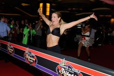 7 Things Runners Should Know About the Suzy Favor Hamilton Book | Runner's World