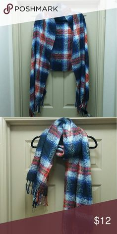 Blanket Scarf Good Condition Can be worn as scarf or shawl Mossimo Supply Co Accessories Scarves & Wraps