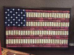 US cork flag Wine Craft, Wine Cork Crafts, Wine Bottle Crafts, Wine Bottle Corks, Bottle Caps, Diy Home Crafts, July Crafts, Wine Cork Ornaments, Wine Cork Art