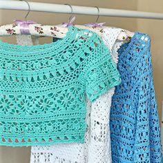Crochet Pattern Crochet Coat, Crochet Motif, Crochet Clothes, Crochet Stitches, Crochet Baby, Crochet Patterns, Crochet Crop Top, Crochet Blouse, Diy Crafts Crochet