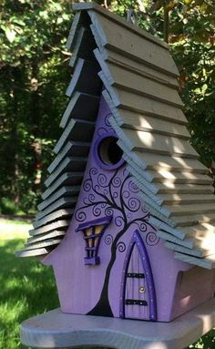BIRDHOUSE #woodenbirdhouses #birdhousedesigns #birdhousekits #WoodworkingProjectsBirdhouse