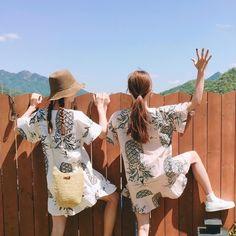 ˗ˏˋ ♡ @ e t h e r e a l _ ˎˊ˗ Couple Ulzzang, Ulzzang Girl, Korean Girl, Asian Girl, Look Fashion, Girl Fashion, Korean Best Friends, Girl Couple, Ulzzang Fashion