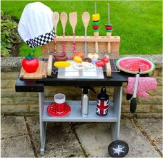DIY - Kids BBQ. dramatic play. imagination. unique kids toys. #kids #toy #DIY #dramaticplay