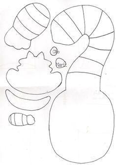 o gato de alice no país das maravilhas com feltro - Google Search Disney Diy, Disney Crafts, Alice Eva, Gato Alice, Felt Patterns Free, Alice In Wonderland Theme, Mad Hatter Tea, Diy Halloween Decorations, Felt Toys