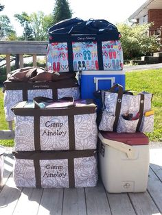 Make camping a breeze with Thirty-One! #31gifts #camping #outdoors www.LynseysBags.com