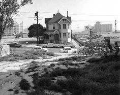 Bunker Hill residence in 1967. (Photo courtesy of the Los Angeles Public Library Photo Collection)