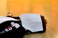 로미오(ROMEO) @ teamct_romeo May 26th --------- [카일] 연습 후 잠시 휴식을 취하는 로미오의 한 멤버를 발견 과연! 누구일까요?~~ #로미오 #예쁘니까