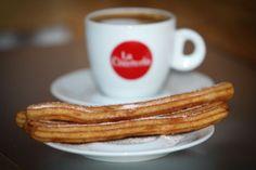 Em La Churreria, churros feitos com a receita clássica espanhola - Paladar - Estadao.com.br