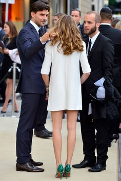 Olivia Palermo and Johannes Huebl are seen at the Louis Vuitton Store Opening on May 2014 in Frankfurt am Main, Germany. Get premium, high resolution news photos at Getty Images Olivia Palermo Outfit, Olivia Palermo Wedding, Style Olivia Palermo, Johannes Huebl, Look Formal, Look Street Style, Street Styles, Stylish Couple, Ellie Saab