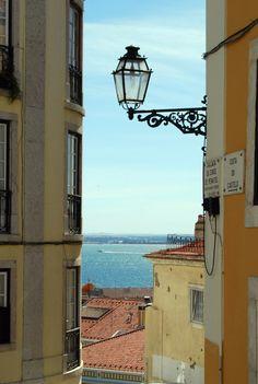 breathtakingdestinations:Lisbon - Portugal (byAlessandra...