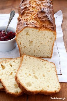 Sweet Yeast Bread - for Dessert with Jam or as a Sandwich with Ham and Cheese. Healthy Bread Recipes, Cooking Recipes, How To Make Bread, Food To Make, Polish Recipes, No Yeast Bread, Ham And Cheese, Bread Rolls, Daily Bread