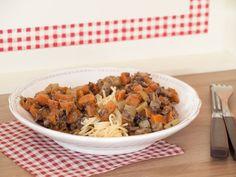Spaghetti aux carottes, cèleri, oignons, échalotes et protéines de soja (vegan) - Au Vert avec Lili