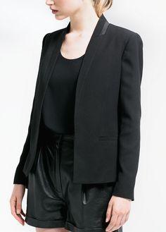 Trim crepe blazer