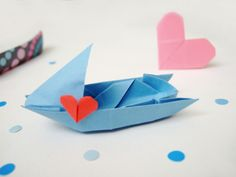 http://www.bloomize.com/a-fleet-of-origami-love-boats/  How To DIY