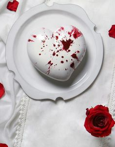 cuore-valentino-def Ice Cake, Cake & Co, Valentine Desserts, Fancy Desserts, Far Breton, Mirror Glaze Cake, Heart Cakes, Individual Cakes, Plum Cake