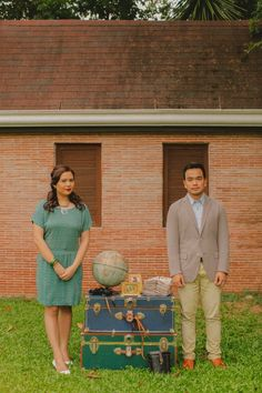 Travel & Vintage themed engagement shoot  Colorful, Vintage And The Notebook Inspired Engagement Session from Michelle Pineda Photography