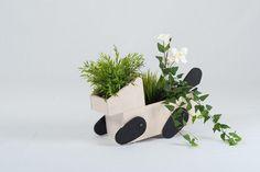 Blog #design - Jardinière Hapi par Elomax Agency - http://www.artibazar.com/jardiniere-hapi-par-elomax-agency