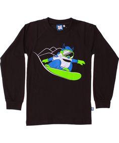 Danefæ extremely cool black t-shirt with snowboarding Viking. danefae.en.emilea.be
