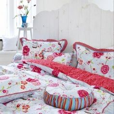 White Birds in Paradise Quilt Cover Set