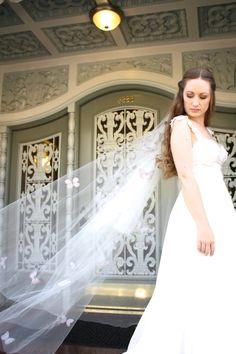 Butterfly veil, elbow, fingertip, knee, waltz, floor, chapel or cathedral length, Blush veil, diamond white, cathedral veil, chapel veil